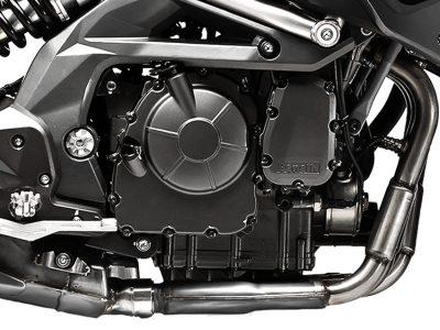 benelli_tnt600gt_topfeatures_850x640_engine
